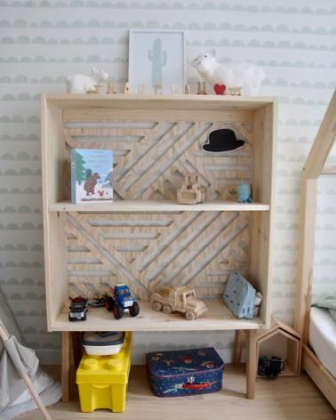 Buffet pin massif avec fond de meuble en pin graphique Boost My Design rangement enfant