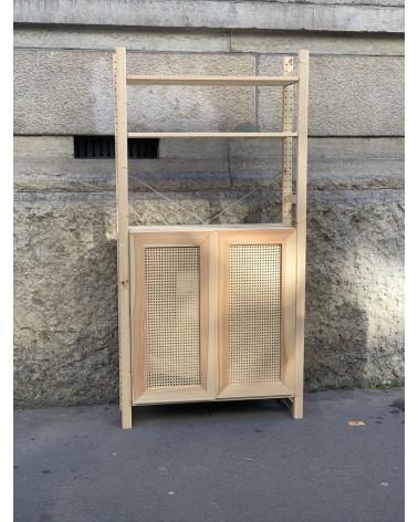 Etagère et caisson IVAR IKEA avec nos portes en pin et cannage fabriquées en France par un artisan menuisier