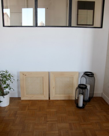Belles portes en pin et cannage fabriquées en France compatible modele IVAR IKEA